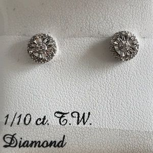 Jewelry - 🆕 Diamond & Sterling Earrings